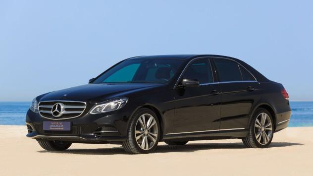 Mercedes_Benz_E300_black-1[1]